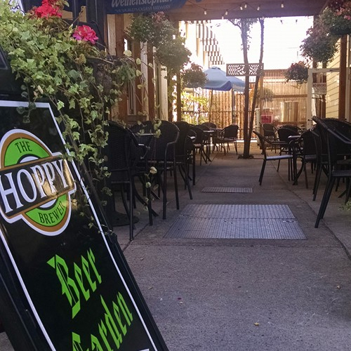 Hoppy_Brewer_Beer_Garden